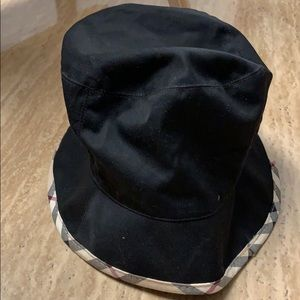 fed3c8b9091 Authentic Burberry Hat ( bucket hat) Like new